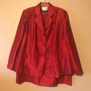Le Suit red skirt suit size18W polyester and lined